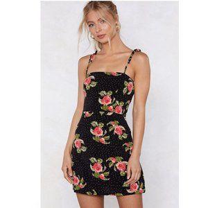 NWT Flirty Floral Tie Strap Summer Mini Dress